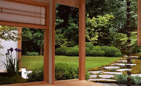 Japanese gardens viewed from homes are Kanshoh-style.