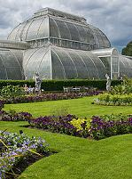 Kew Gardens (Photo by DAVID ILIFF. License: CC-BY-SA 3.0)